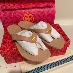 TORY BURCH MONROE SANDALS THONG 9.5